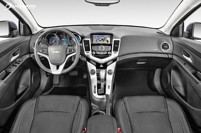 Chevrolet Cruze sở hữu nội thất ấn tượng