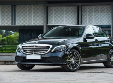 Đánh giá Mercedes-Benz C250 Exclusive