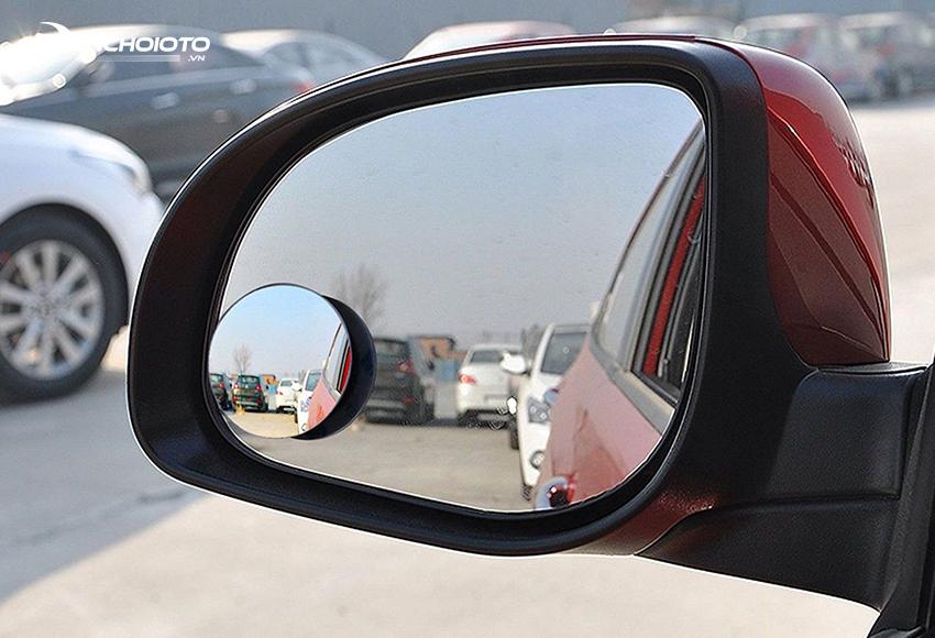 Gương cầu lồi ô tô giúp triệt tiêu điểm mù, nhất là 2 góc phần tư sau xe