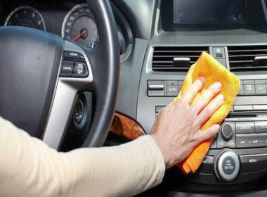 Hướng dẫn tự vệ sinh nội thất ô tô tại nhà cực dễ làm và hiệu quả