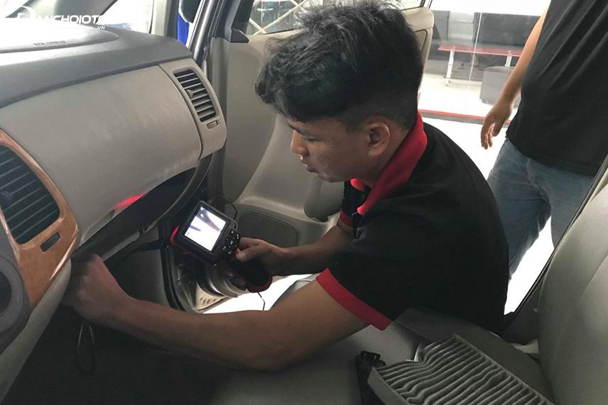 Kiểm tra hệ thống điều hòa ô tô