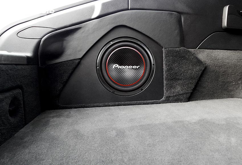 Loa Pioneer ô tô có giá khá bình dân