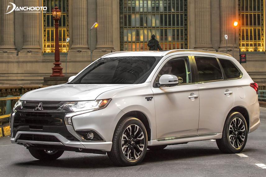 MitsubishiOutlander 2018 sử dụng hệ thống phanh an toàn ABS - EBD - BA