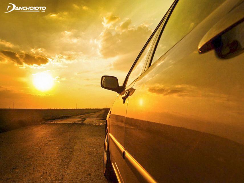 Nên chú ý chăm sóc ô tô kỹ khi trời nắng nóng