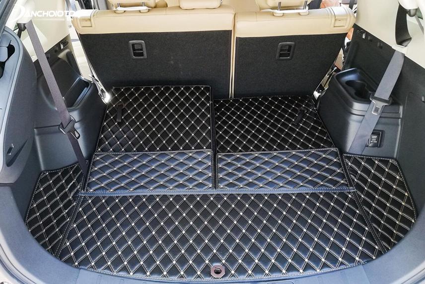Thảm lót cốp giúp giữ sạch cốp xe