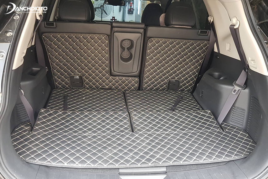 Car trunk mats contribute to noise reduction under the vehicle