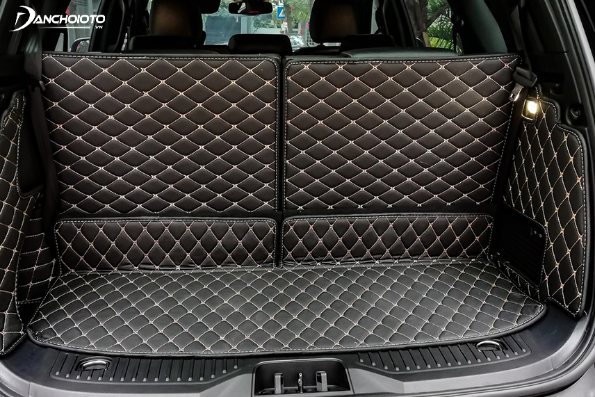 Thảm lót cốp xe ô tô mang đến cho nội thất xe đẹp và sang trọng hơn