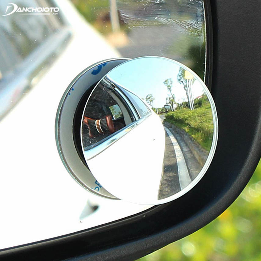 Spherical mirror eliminates blind spots 360 degrees overflow beautiful and more luxurious