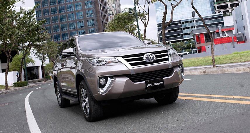 Các chế độ vận hành Toyota Fortuner 2017 không khác biệt nhiều