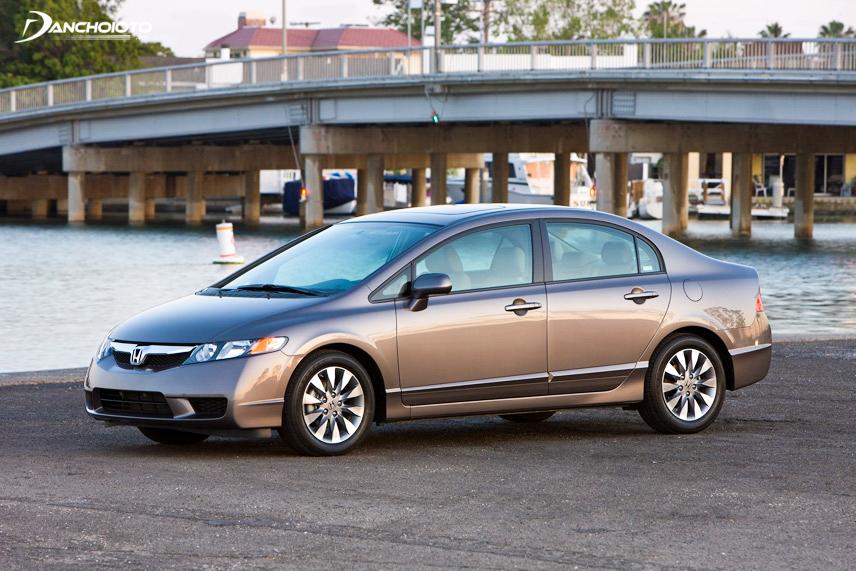Honda Civic có nhiều ưu điểm nổi trội hơn so với xe khác cùng phân khúc