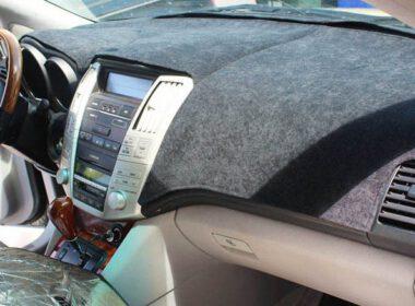 Phủ thảm chống nóng taplo ô tô liệu có hiệu quả?