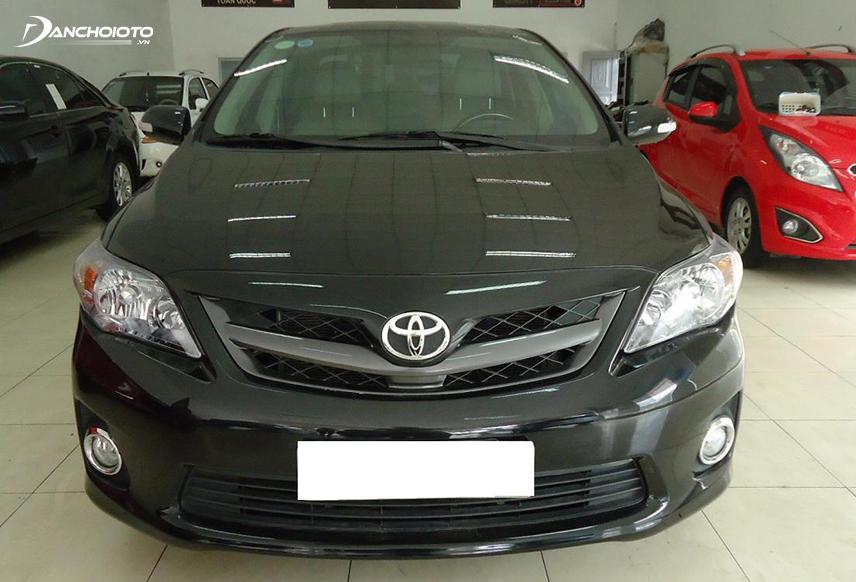 Toyota Altis đời 2016 giá tầm 700 đến 800 triệu đồng