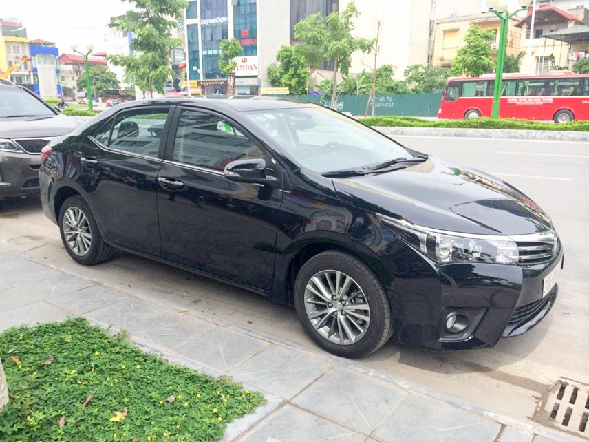 Động cơ Toyota Altis mạnh mẽ và khả năng vận hành êm ái, bền bỉ