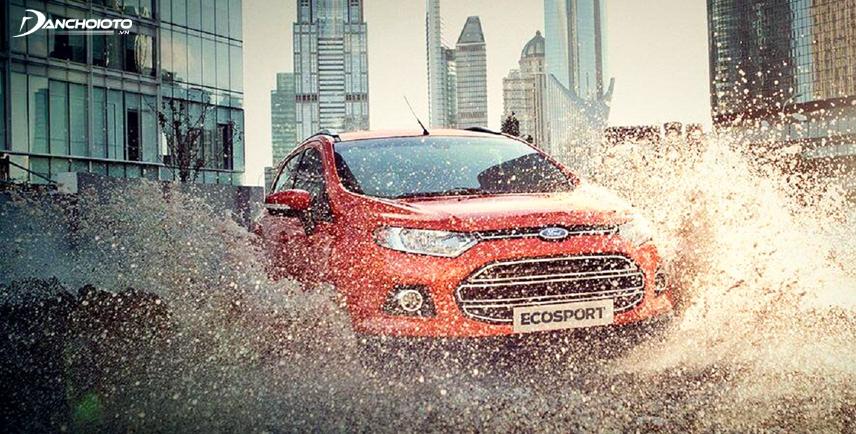 Ford EcoSport 2017 có khả năng lội nước rất tốt