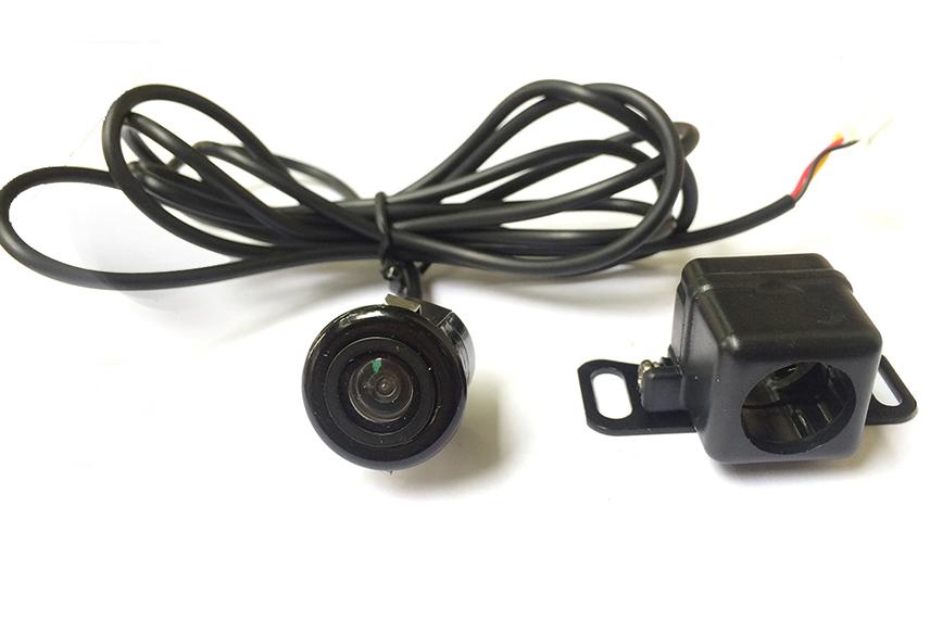 Nên mua camera lùi cao cấp có tiêu chuẩn IP66