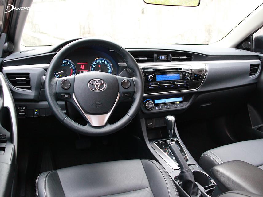 Nội thất xe Toyota Altis vẫn giữ được độ bền đẹp sau thời gian dài sử dụng