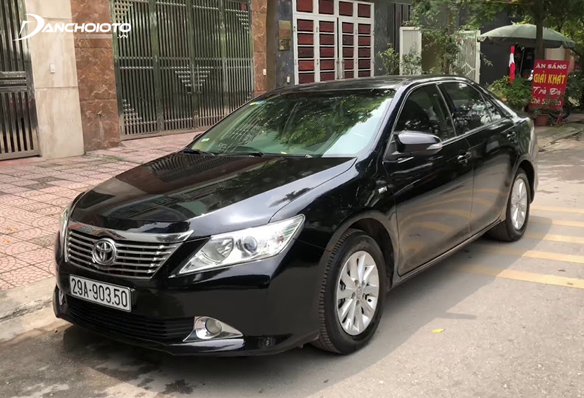 Xe Toyota Camry 2012