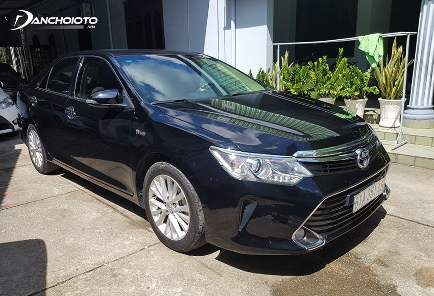 Xe Toyota Camry 2017