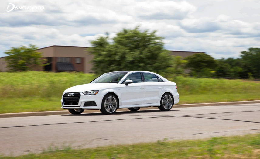 Audi A3 is capable of moving quite well in urban areas