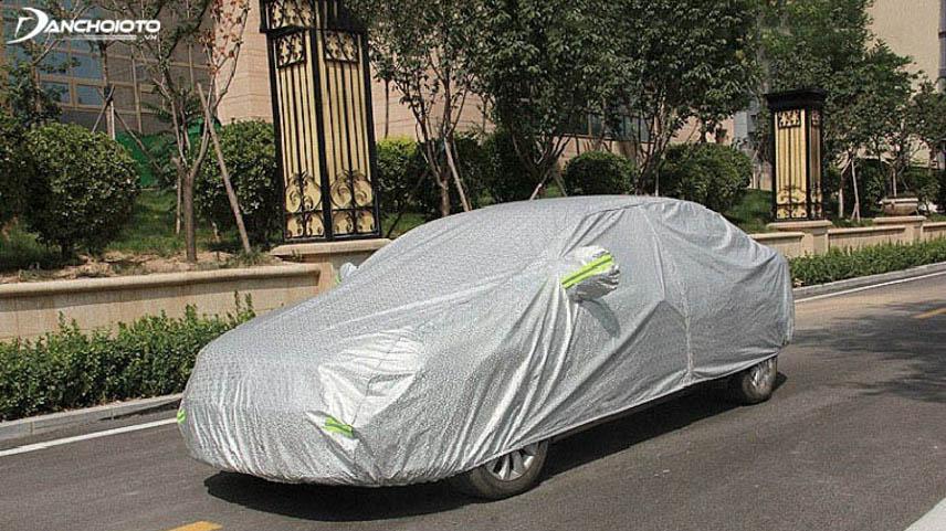 Bạt phủ kín toàn bộ thân xe cho khả năng bảo vệ toàn diện