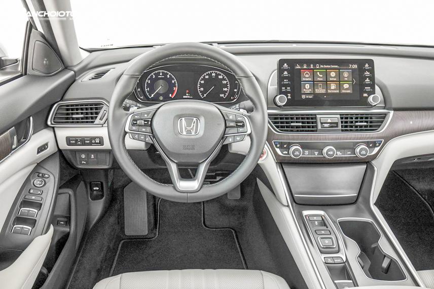 Honda Accord 2018 có cabin rất hấp dẫn bởi sở hữuhệ thống HondaLink