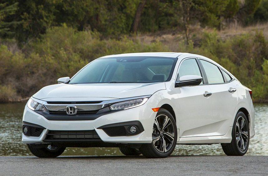 Honda Civic 2018 được đánh giá cao về thiết kế trẻ trung, đậm chất thể thao