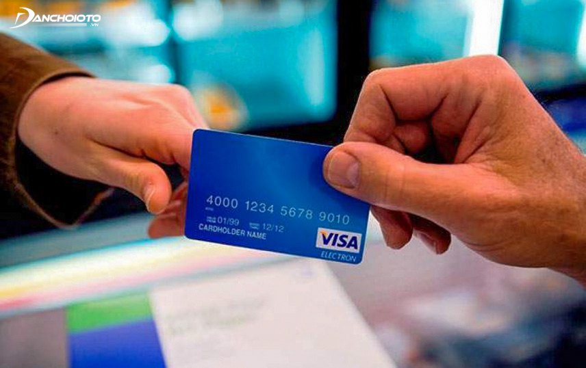 Số dư tín dụng còn quá thấp bạn không nên mua xe ô tô