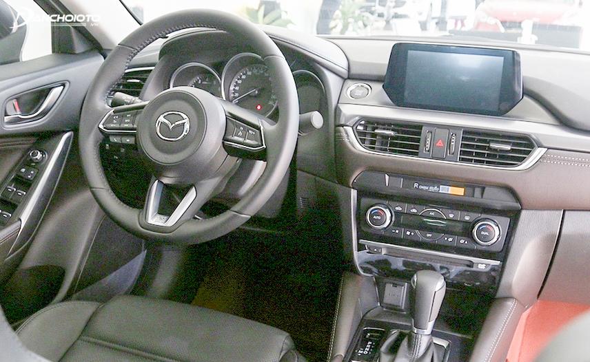 Bảng điều khiển xe Mazda 6 2017