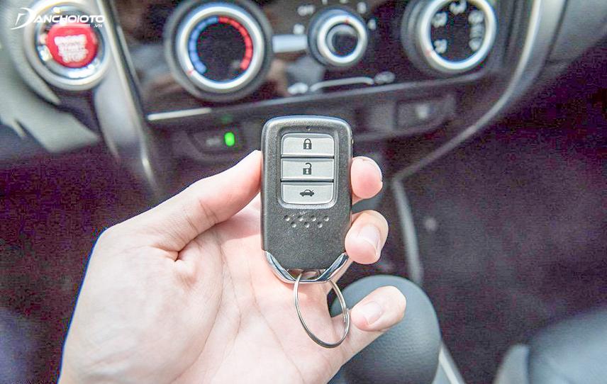 Chìa khóa thông minh Smartkey trên Honda City 2016
