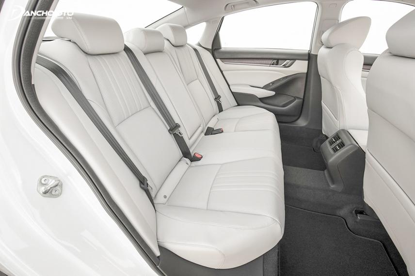 Honda Accord 2018 có không gian ghế ngồi rộng rãi