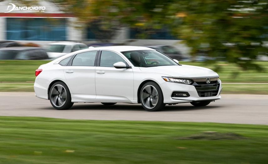 Honda Accord 2018 sử dụng hai động cơ với 4 xy lanh riêng biệt