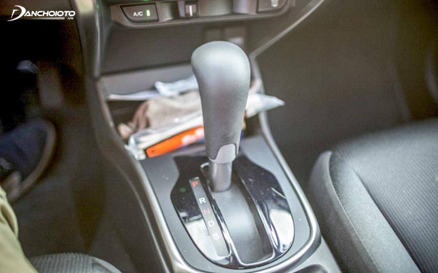 Hộp số CVT với chế độ số S của xe Honda City 2015