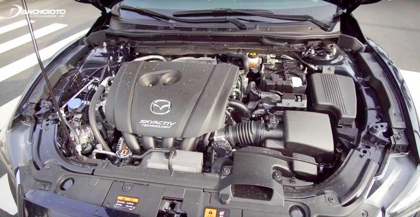 Khoang động cơ xe Mazda 6 2017