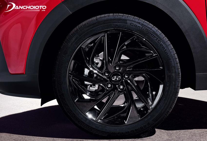 Không nên tăng kích thước lốp khi tăng kích thước mâm ô tô