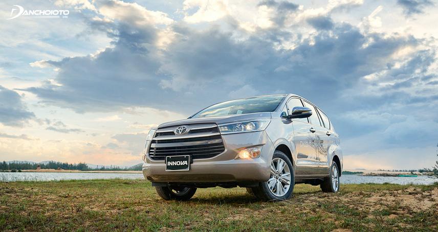 Khuyết điểm bánh xe nhỏ khiến Toyota Innova trông thiếu thẩm mỹ
