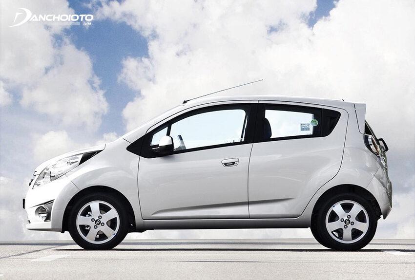 Mâm sắt ô tô có ưu điểm giá rẻ nhưng thiết kế đơn giản