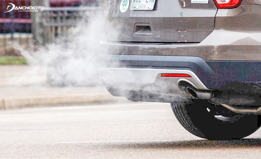 If the car exhaust smells like gasoline, be careful
