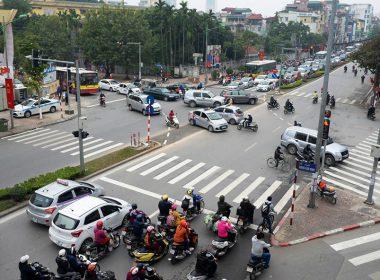 Những nguyên tắc an toàn không thể vi phạm khi chạy vào đường giao nhau