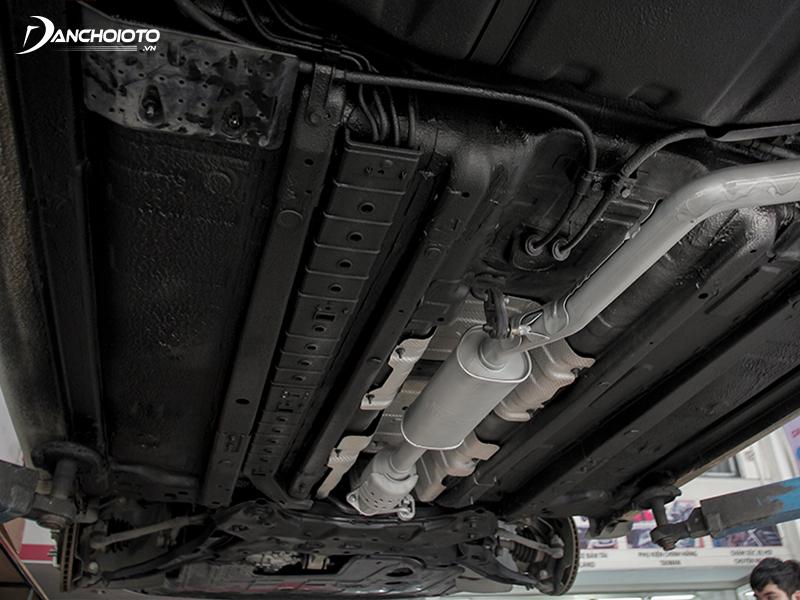 Sơn phủ gầm ô tô giúp hạn chế hấp thụ nhiệt từ mặt đường