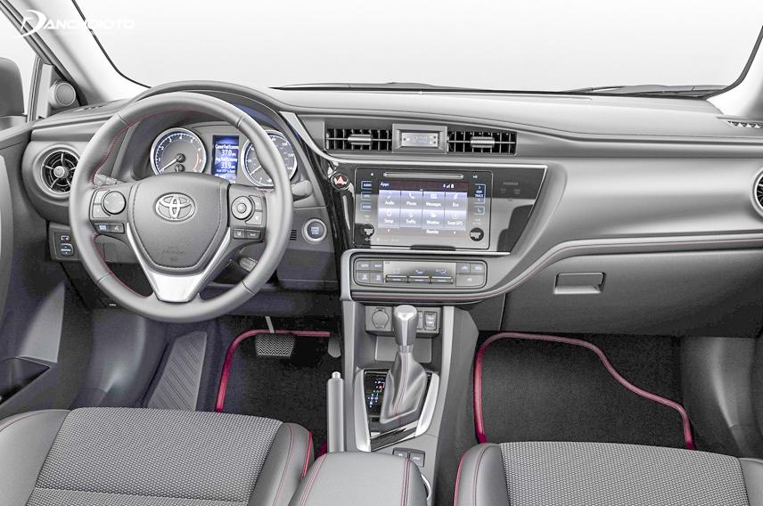 Toyota Altis 2018 được trang bị hệ thống tiện nghi hiện đại