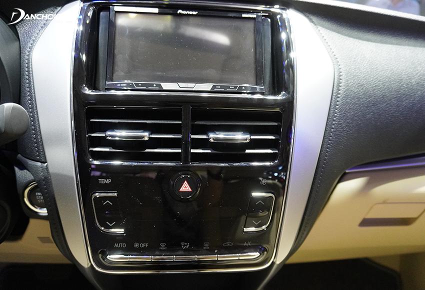 Cả 5 phiên bản Toyota Vios 2020 đều trang bị màn hình cảm ứng trung tâm 7 inch