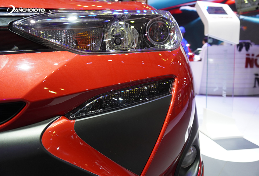 Chỉ có bản Toyota Vios 1.5G được trang bị đèn định vị ban ngày LED