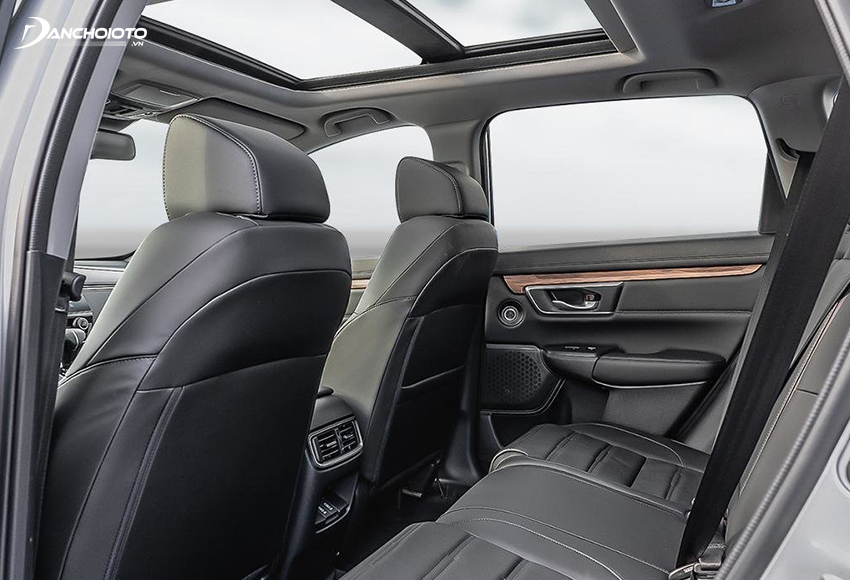 Honda CR-V 1.5L có thêm cửa sổ trời Panorama đẹp mắt