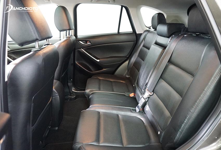 Nhiều người đánh giá Honda CR-V khá rộng rãi so với các mẫu xe 5+2 chỗ nói chung