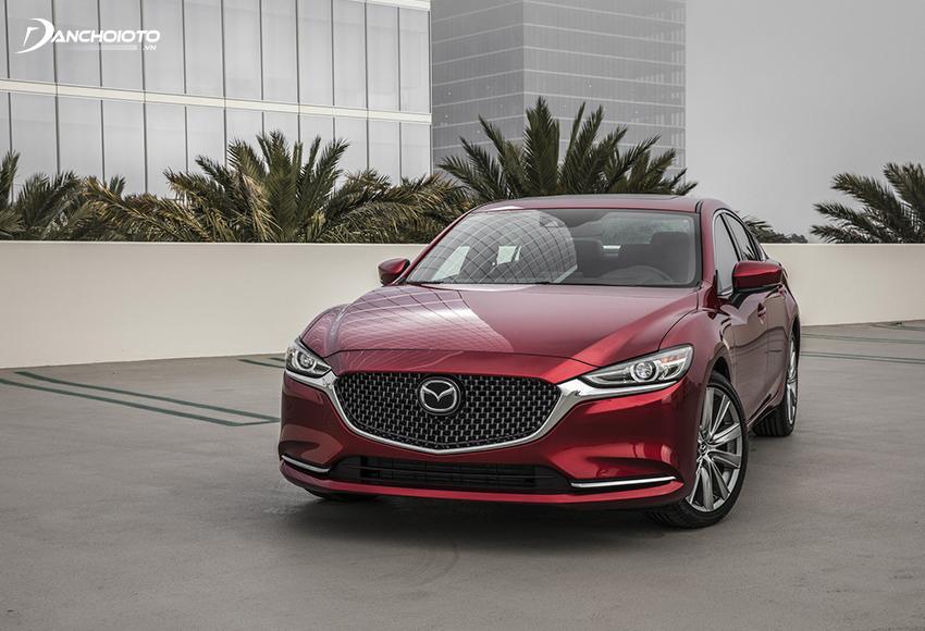 So sánh Camry và Mazda 6, giá xe Mazda 6 cạnh tranh hơn nhiều