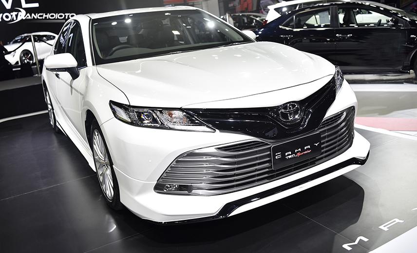 Toyota Camry là một trong những mẫu xe lâu đời, gặt hái nhiều thành công nhất của Toyota