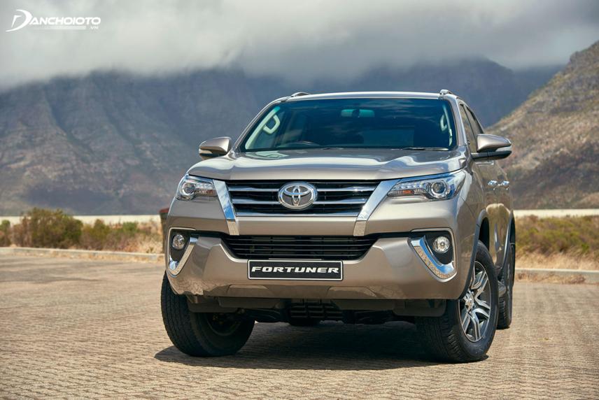 Toyota Fortuner trở thành mẫu SUV 7 chỗ được ưa chuộng nhất tại Việt Nam