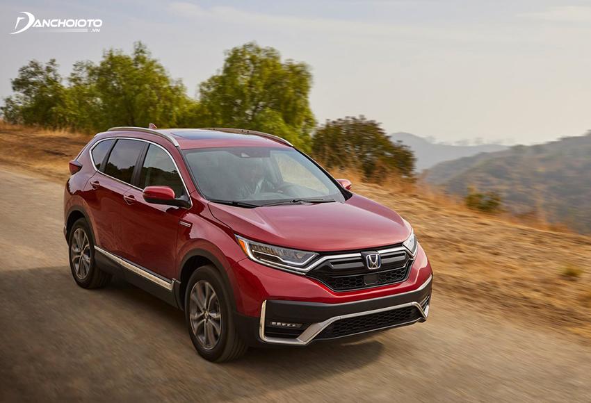 Vô lăng của Honda CR-V có độ phản hồi cực tốt, chi tiết và cảm giá thể thao