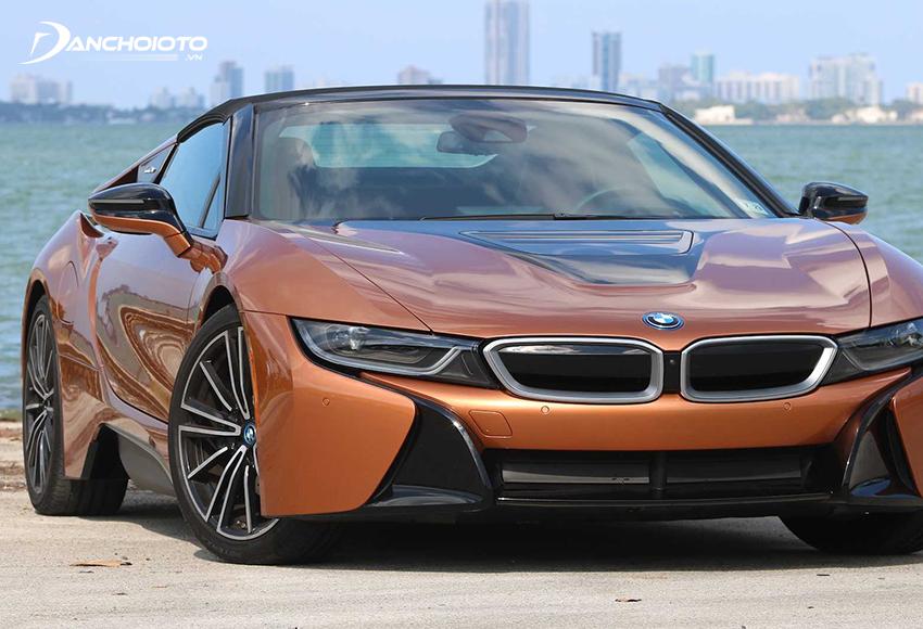 BMW i8 sở hữu lưới tản nhiệt kép hình quả thận đặc trưng