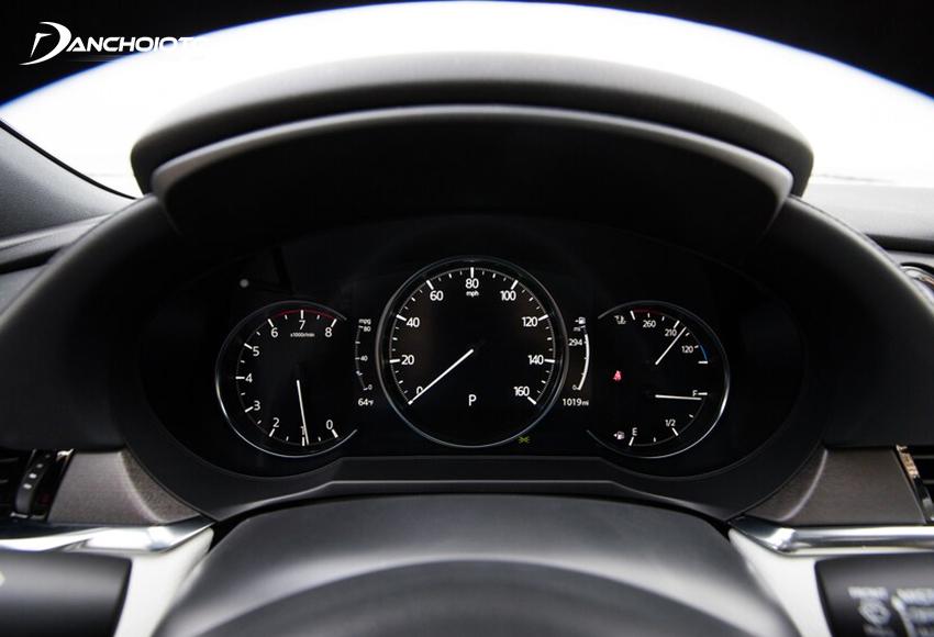 Cụm đồng hồ Mazda 6 2020 đổi mới khi thêm màn hình hiển thị đa thông tin ở giữa